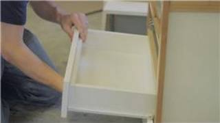 Cabinets 101 : How to Install a Drawer