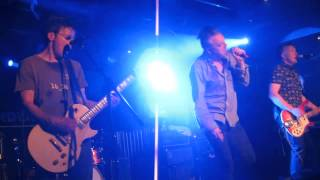 "The Undertones ""Listening In"" Live at Reading Sub 89 May 27th 2013"