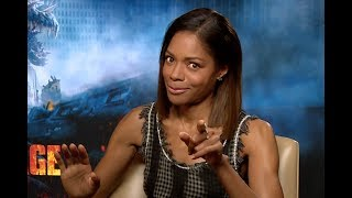 """""""The Rock Is THE Best Kisser!"""" Naomie Harris On Rampage Deleted Kissing Scene"""