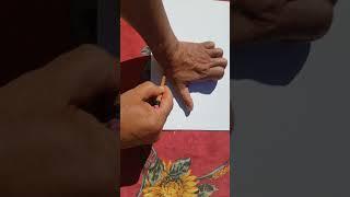 """""""Atelier  créatif : Oh ! Les mains"""" proposé par Habib de la Maison de l'enfance Charlotte Delbo"""
