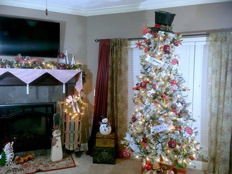 how-i-decorate-my-christmas-tree