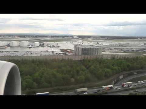 777-300 landing at Frankfurt on wet runway (CA931)