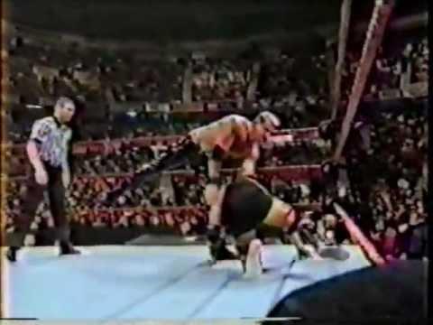 Steve Bradley vs Tom Howard (Dark Match)