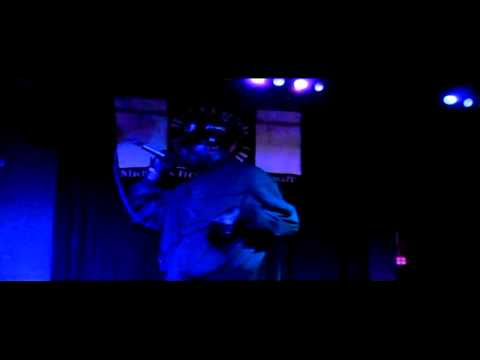 DJ KING DAVID DETROIT SKILLS WITH THERAPIST GLOVE GANG 5-11-2013 PROMOTED BY KENNY GOODLIFE