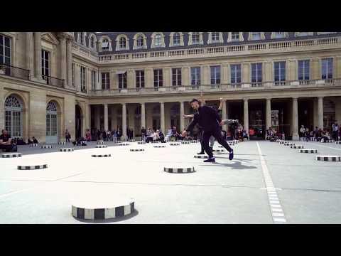 Monuments en mouvement au Palais Royal