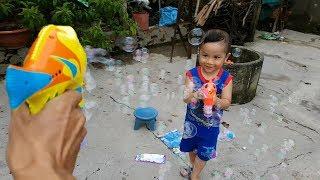 Trò Chơi Bé Vui Nerf Bubbles ❤ ChiChi ToysReview TV ❤ Đồ Chơi Trẻ Em Baby Doli Bài Hát Vần Thơ
