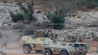 أخبار عربية - قتل جندي مصري في هجوم على مدرعة للشرطة في العريش شمال #سيناء