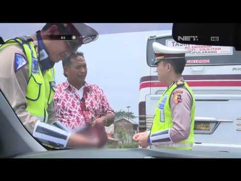 Tak Mau Ditilang, Kenek Bus Lari Menghampiri Petugas Ajak Damai