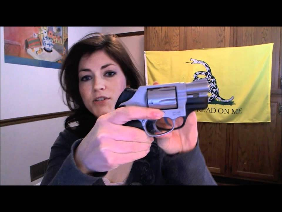 Smith & Wesson 637 Review & Range Footage