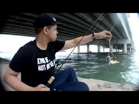 Memancing Bawah Jambatan Pulau Pinang