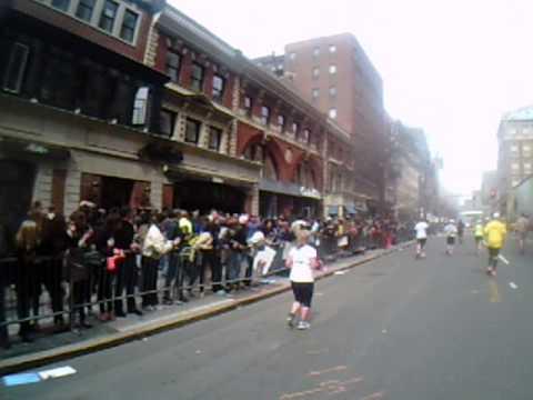 Boston Marathon 2013 explosion marathoner