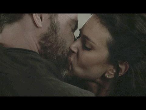 Melissa & Argent First Kiss 6x10  Teen Wolf