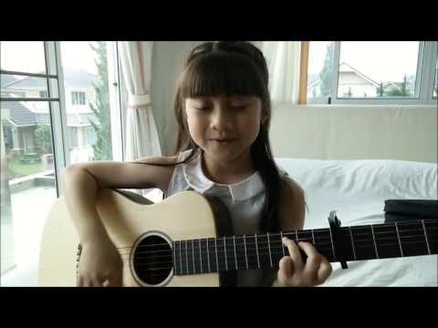 Taylor Swift -  Blank Space - Guitar Acoustic Cover by Gail Sophicha 9 Years old.