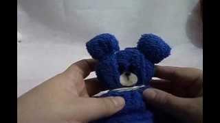Repeat youtube video Como fazer um ursinho de toalha