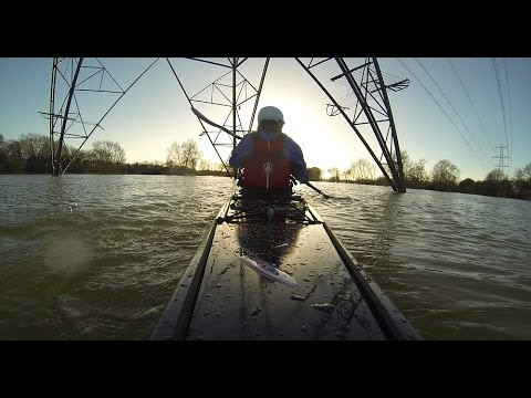 Kayaking the River Thames in Flood - Oxford, UK 2014