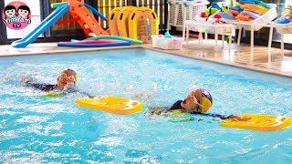 หนูยิ้มหนูแย้ม   ฉันอยากเป็นนักว่ายน้ำ