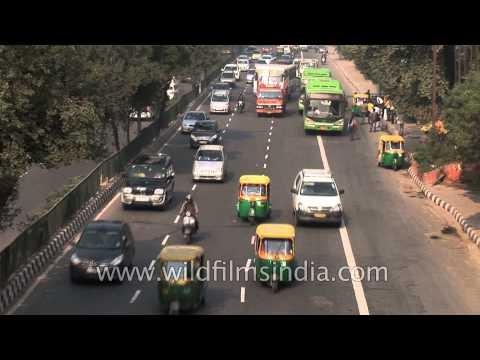 Road to Delhi Airport via Moti Bagh