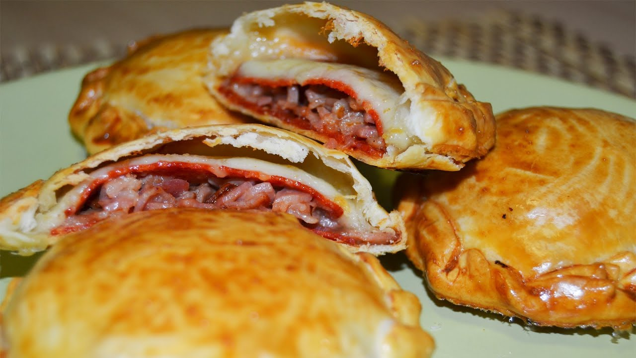 Empanadillas de bacon chorizo y queso recetas f ciles - Postres con queso de untar ...