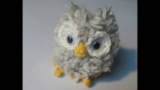 How to Make Mini Yarn Pom Poms owl