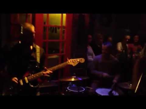 Mali Bubanj - Ne Volim Te (Knock Out cover)