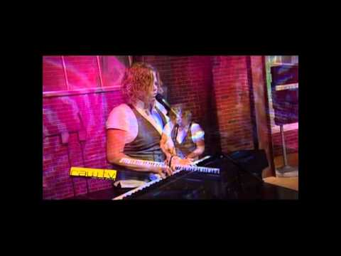 Carol Marsh- How do I love you more ( Live on RAW TV) Season 1