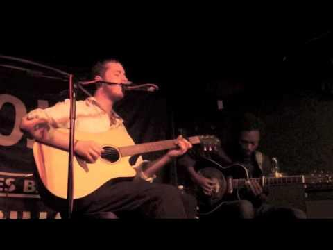 Michael Cochrane feat Alain Apaloo - Whispering stoned (Taylor Shaw)