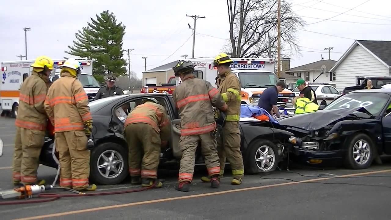 crash reenactment Beardstown High School OTSD - YouTube