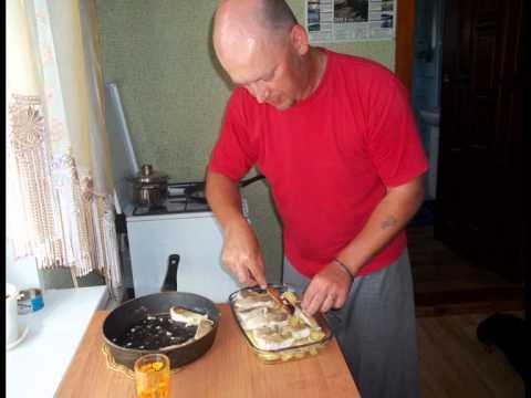 Судак по-киевски обжарить Картофель отварить