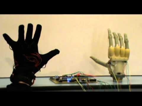 Data glove drives robotic hand
