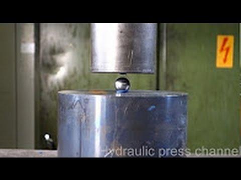 Металлический ШАРИК под прессом