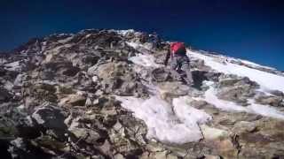 Журналист снял восхождение на гору Маттерхорн