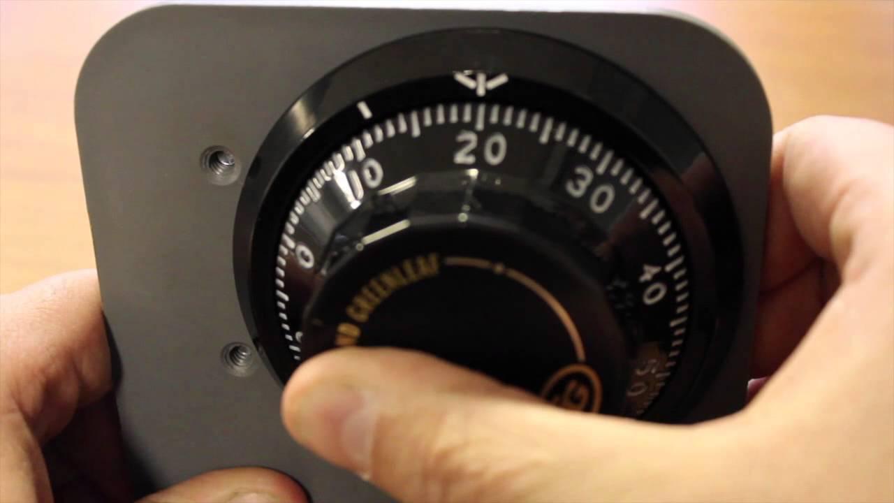 Open A Mechanical Combination Safe Lock