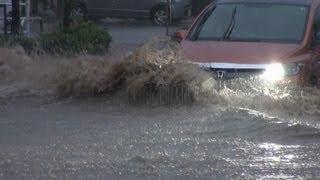 集中豪雨で前方道路が冠水!・・・らしい。『進むか!!戻るか!!』 thumbnail