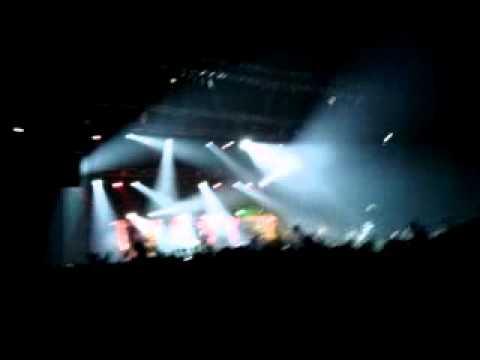 Dubioza Kolektiv - Firma Ilegal(Split Spaladium Arena 1.3.2014)