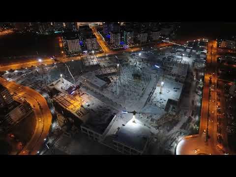 Altunbayrak yapı ,İzmir mavişehirde de inşa edilen HİLLTOWN AVM'nin betonarmesine imzasını atmıştır.