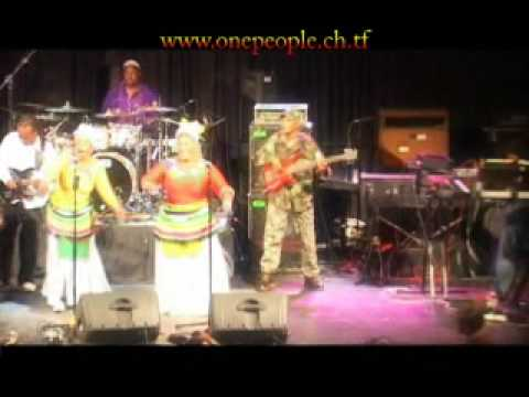 Lucky Dube's Band ONE PEOPLE, Reggae strong