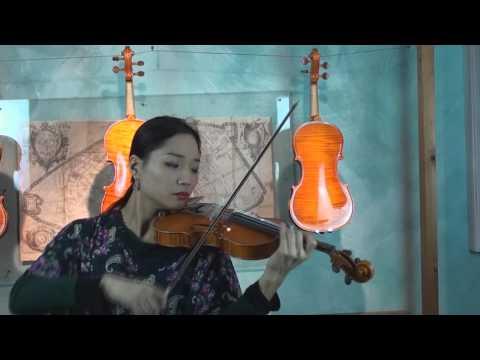 Liutaio Riccardo Bergonzi - musicista Lena Yokoyama
