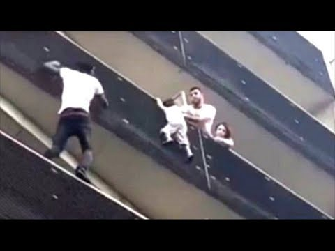 Malian hero scales Paris building to save child