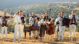 Descarca Andra Olteanu - Ma intorc mereu cu dor (Acompaniaza Orchestra Fratilor Advahov)
