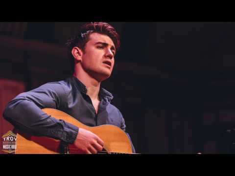 Emmet Cahill - Wild Mountain Thyme (Acoustic)
