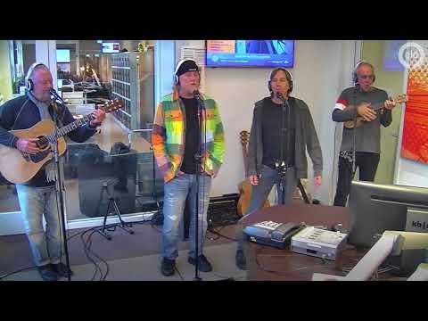 Venice zingt Christmas Island bij Radio Gelderland