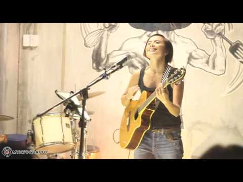 Cool Off - Hannah Romawac-Olives (Acoustic)