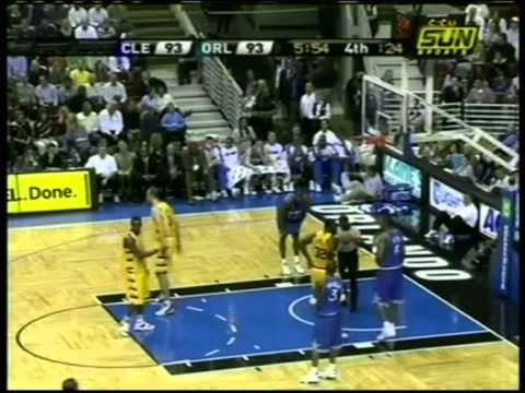 Steve Francis 30 pts,13 ast vs Lebron James 28 pts,9 ast, season 2005 magic vs cavs