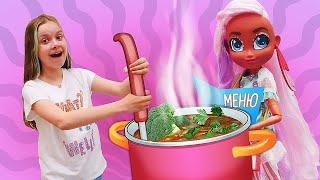 Hairdorables HAIRMAZING - куклы открывают кафе для игрушек! Веселые игры для девочек