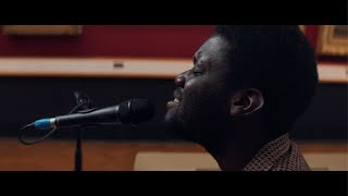 Смотреть клип Michael Kiwanuka - Solid Ground