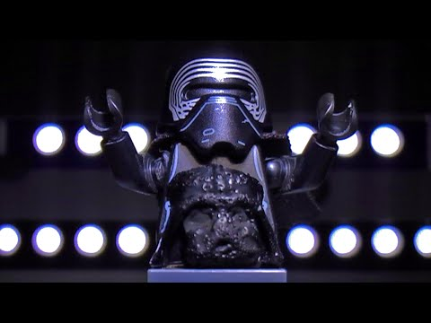 Lego Star Wars: Kylo Ren sings Les Misérables to Darth Vader
