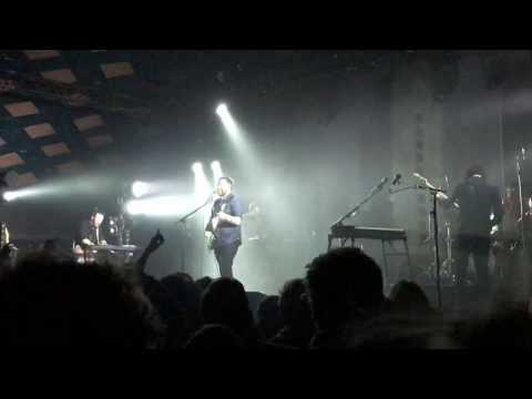 Frightened Rabbit - Keep yourself Warm @ Barrowlands