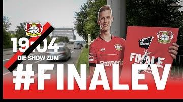 So werden 100 Spieler-Figuren in Leverkusen aufgestellt   Die Show zum #FinaLEV   Bayer 04 – Bayern
