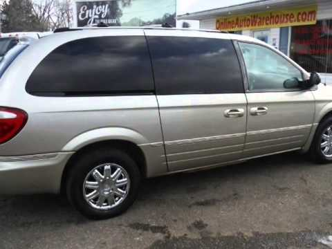 2005 chrysler town country limited fully loaded nav dvd leather sunroof stow n go seats free. Black Bedroom Furniture Sets. Home Design Ideas
