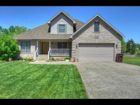 Louisville Real Estate - 4300 Silver Oaks Ct